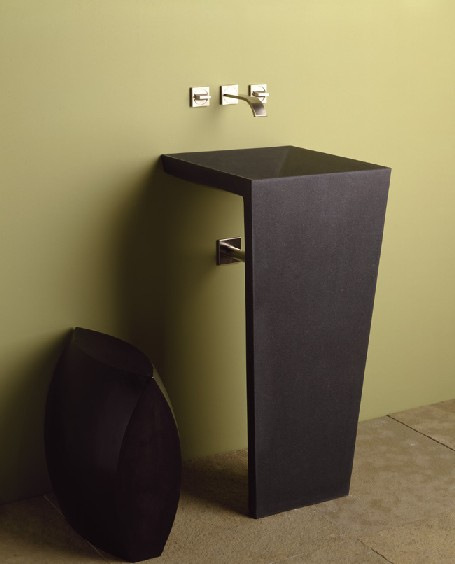 Again, one of my fave modern pedestals from Stone Forest. I think I could make this work in almost any style bath!