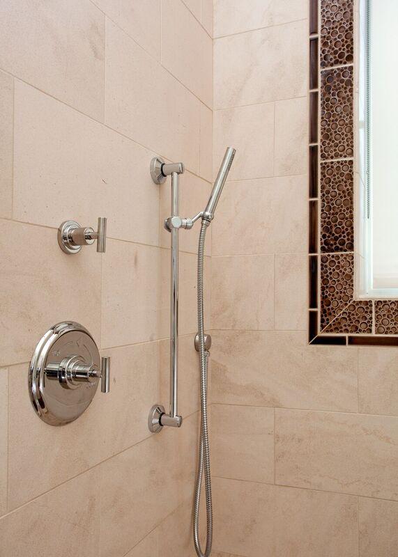 Guest Bathroom: Bayou New Construction: Tiled shower, shower window with shelf