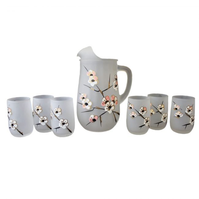 Anchor Hocking Dogwood Pitcher and 6 Glasses