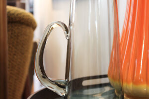 Close-up accent pitcher