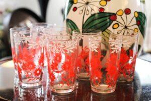 Swanky swig glass set