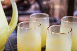 Blendo yellow glasses set