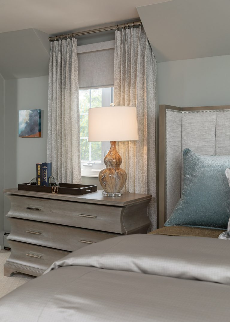 neutral colored bedding, light and airy master bedroom