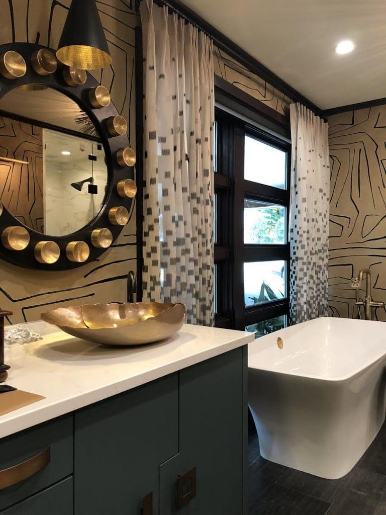 Susan Jason Bathroom