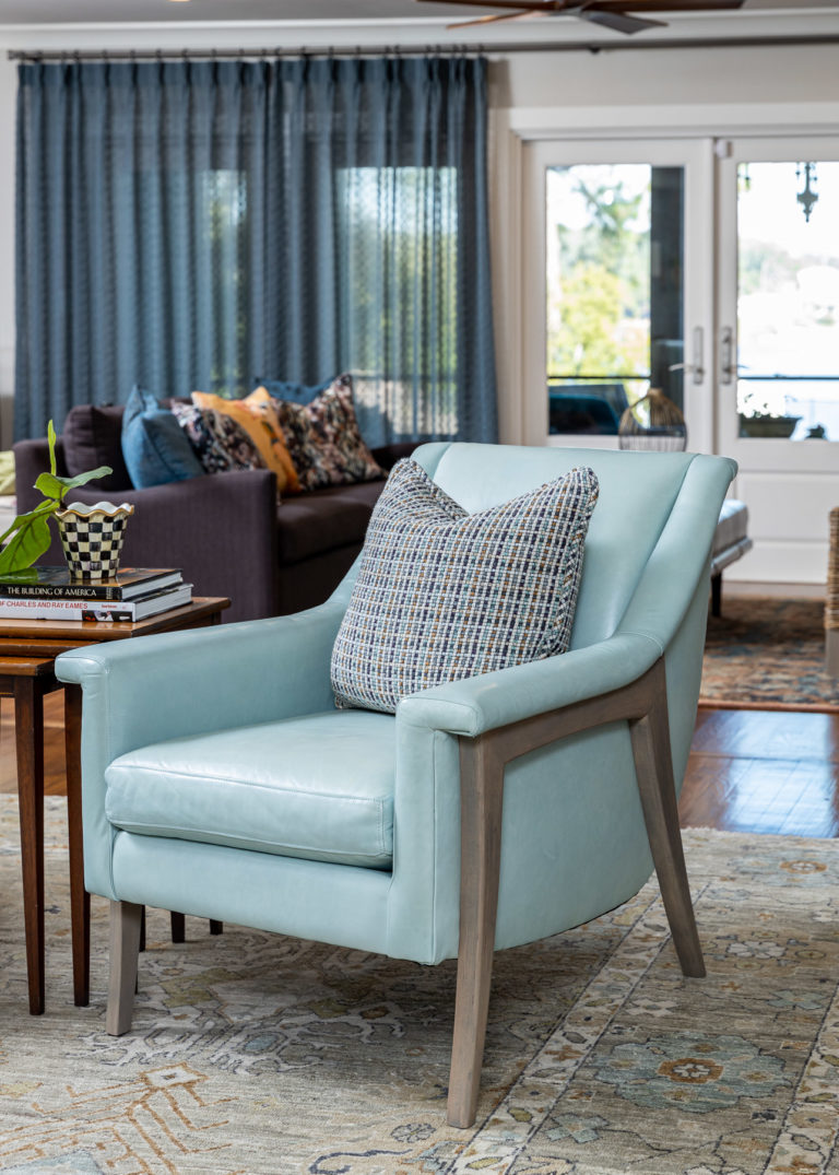 Yates - Living Room - WEB - 4