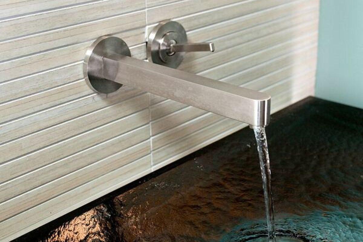 Vessel Sink, Tile wall